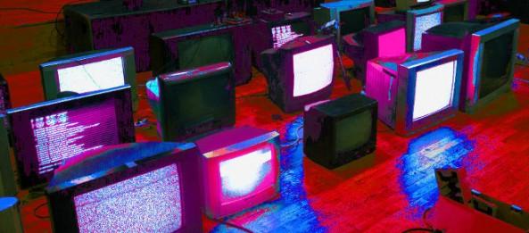 glitch19_purple 665